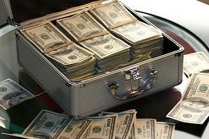 finansföretag som levererar pengar